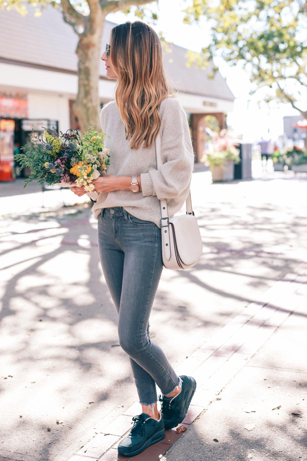 Fall Style Skinny Jeans And Sneakers Jess Ann Kirby