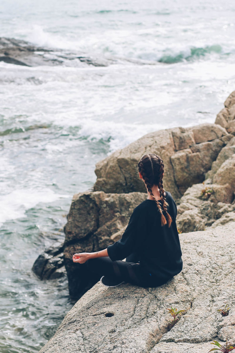 5 Simple Ways to Meditate (And Why You Should Try It)