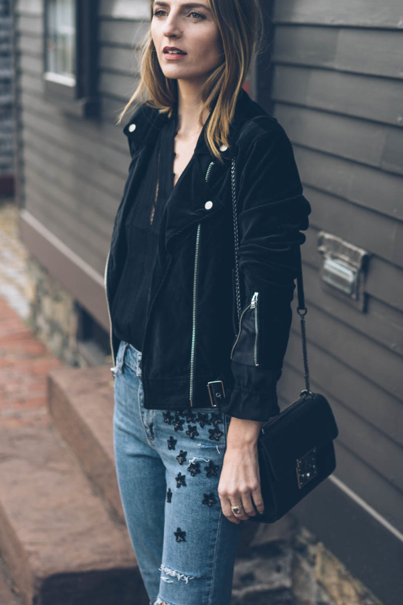 Casual Holiday Style Outfit Inspiration