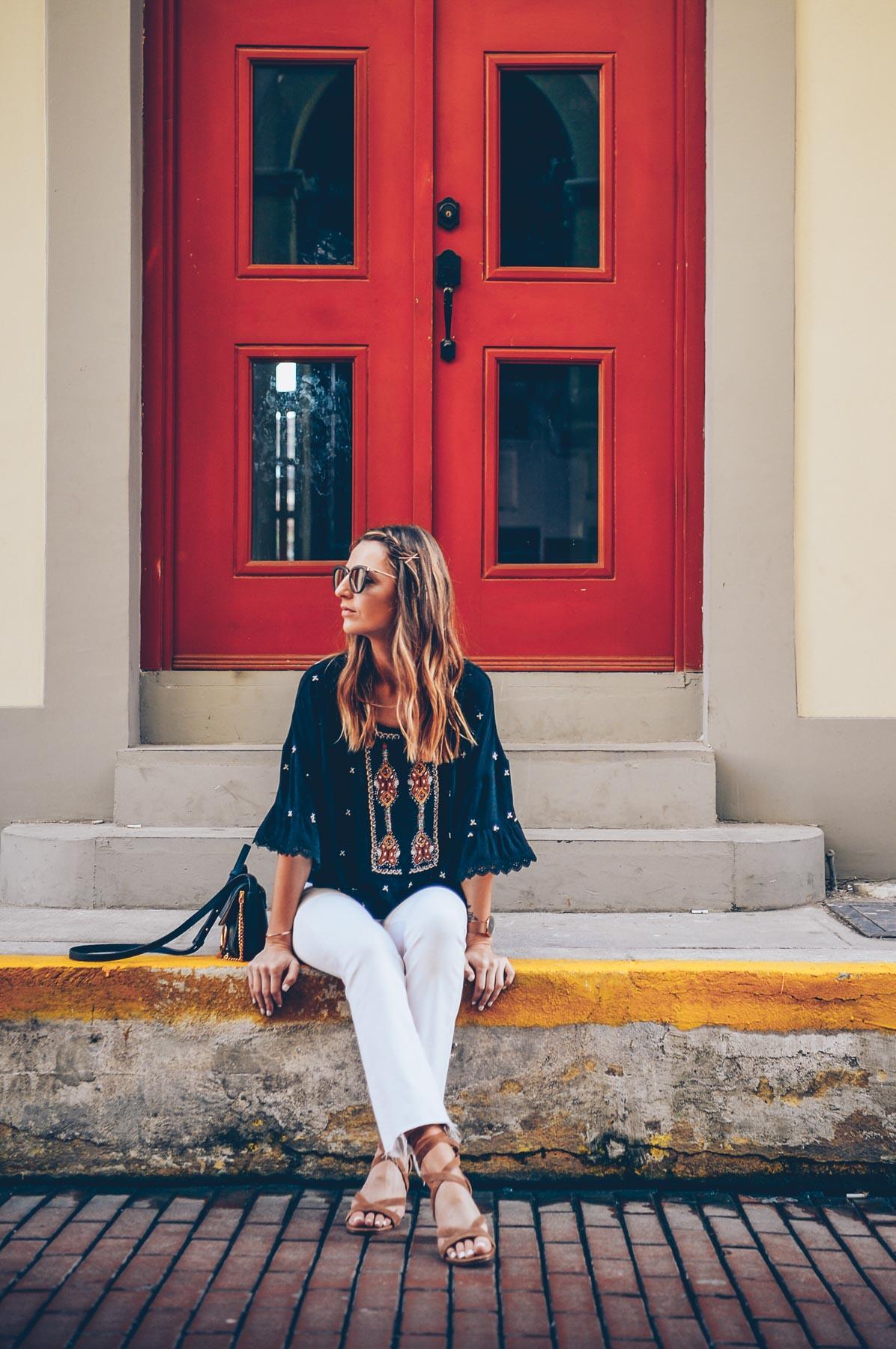 How to wear white jeans on Jessannkirby.com