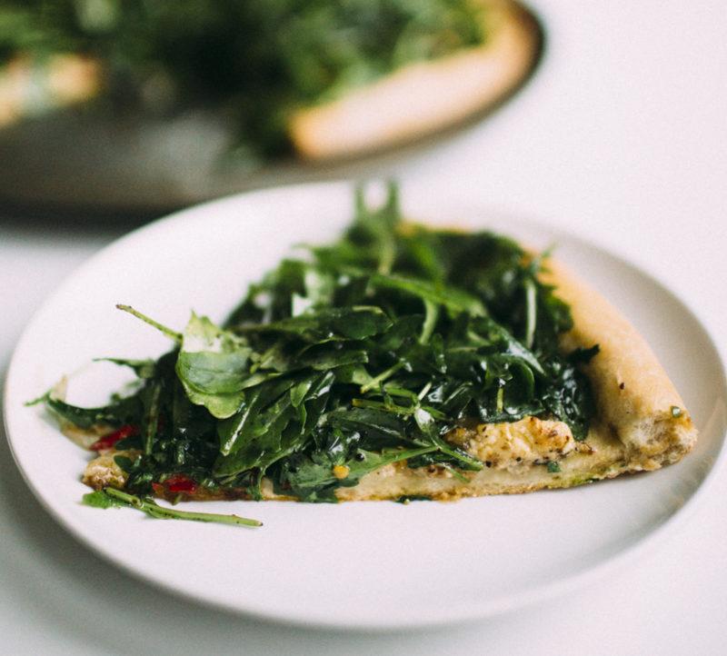 Caramelized Onion & Arugula Pizza Recipe