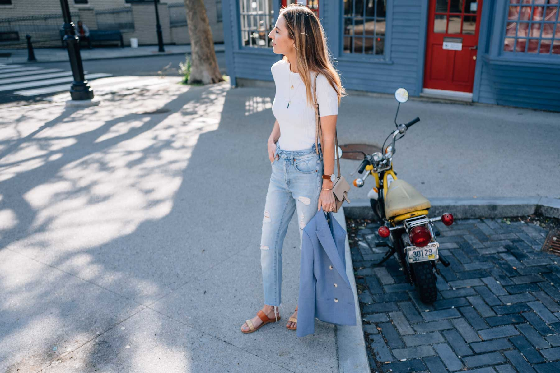 Jess Ann Kirby in Newport, RI wearing the Madewell Perfect Summer Jeans with Reiss Blazer