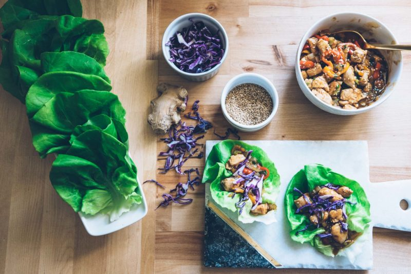 Quick & Easy Dinner: Chicken Lettuce Wraps