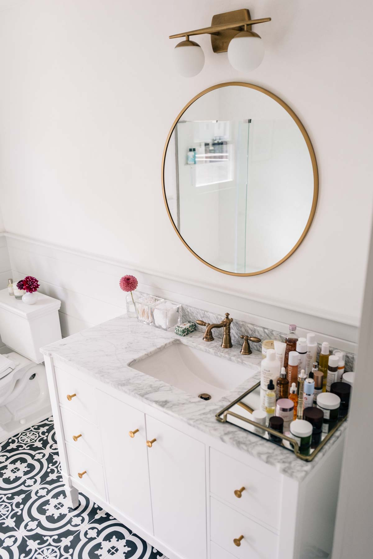 Jess Ann Kirby Bathroom Renovation Brass Target Mirror Marble Top - Target bathroom vanity light fixtures