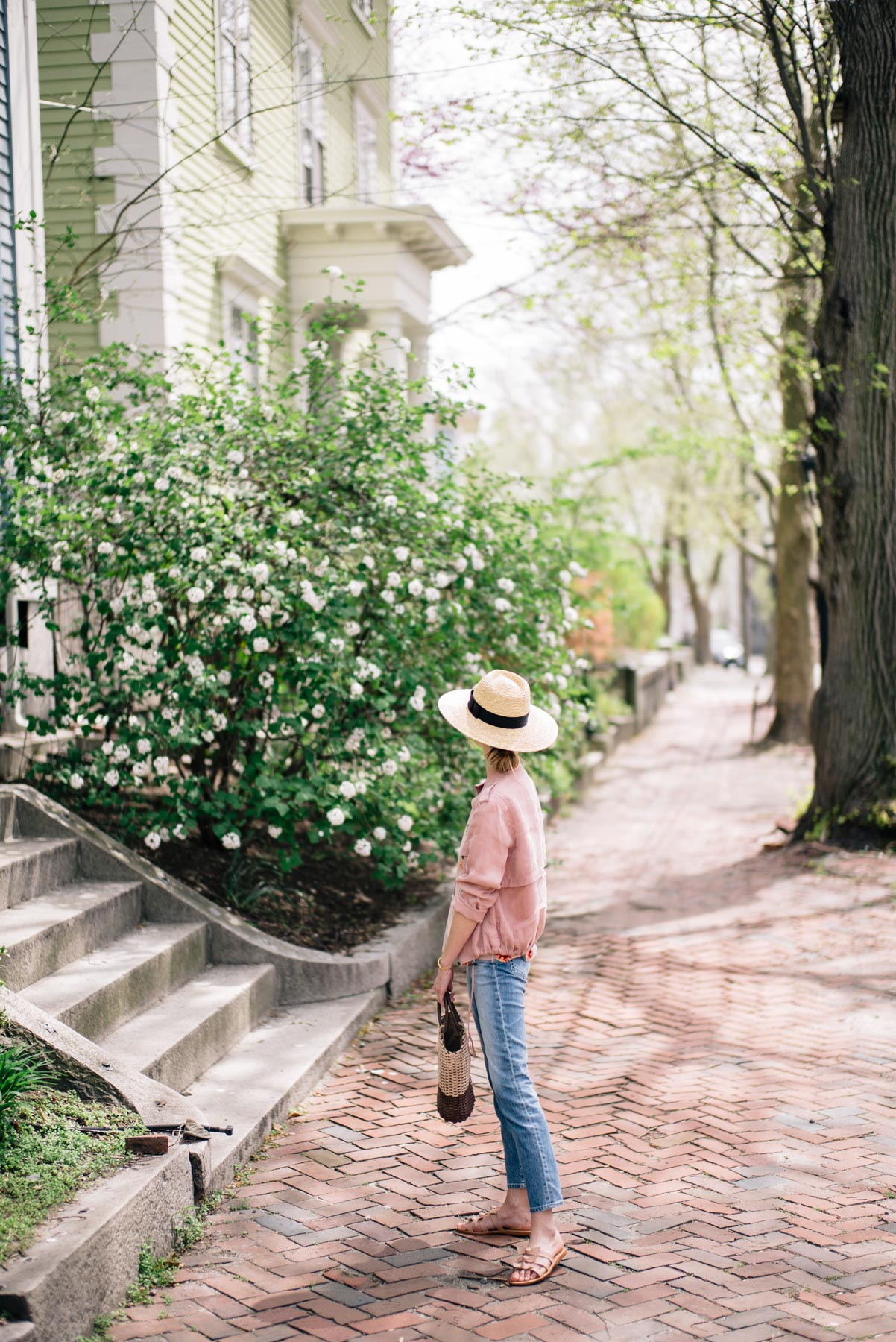 Jess Ann Kirby explores Providence in AG Pheobe Jeans and Kaanas bow sandals