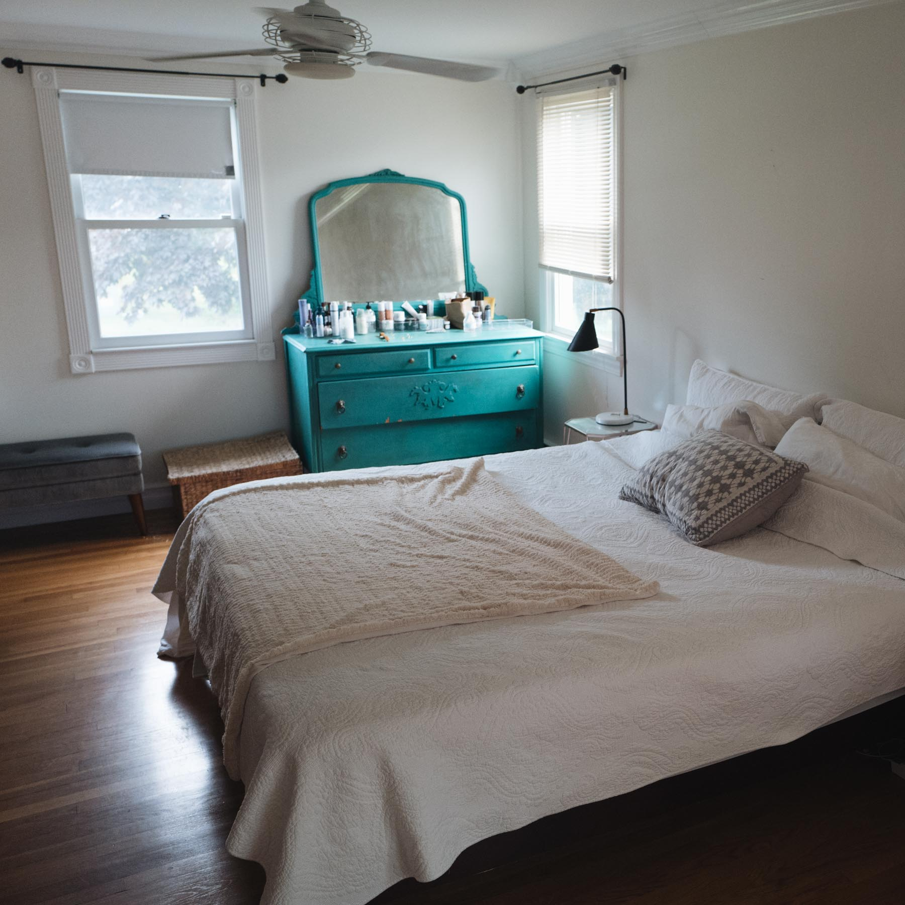Jess Ann Kirby shares her master bedroom when she bought her ranch in Newport, Rhode Island